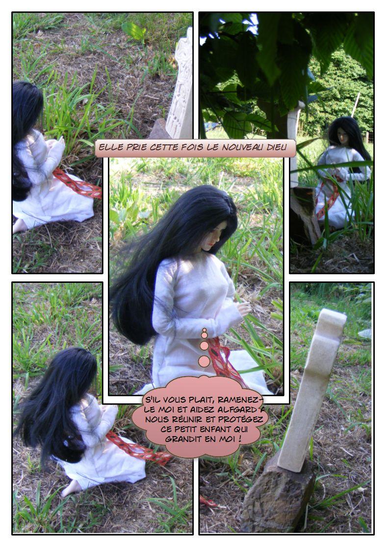 [Fashion Doll Diana] Aenor - La vie d'une Dame du Moyen-Age Nouveau-dieu-1dc7b9e