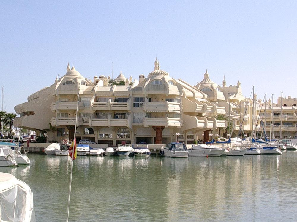 Rincones de espa a puerto ban s marbella y puerto - Punto limpio marbella ...